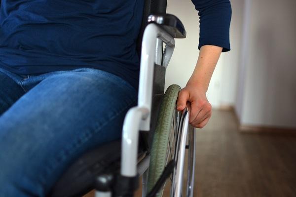 Personne handicapée chez elle