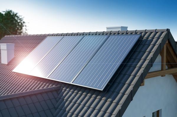 Panneaux solaires sur toiture