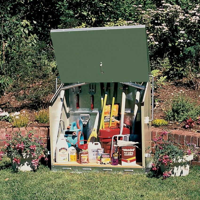 abri de jardin en m tal pratique l ger design bienchezmoi. Black Bedroom Furniture Sets. Home Design Ideas