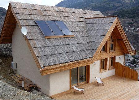 Le panneau solaire thermique 5 infos pratiques bienchezmoi for Construction de maison en paille