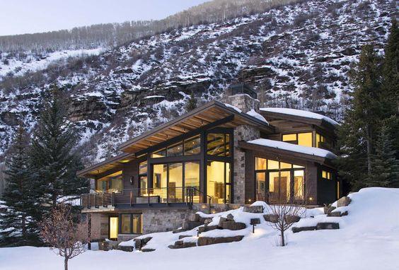 5 raisons de construire une maison en bois bienchezmoi for Chalet bois contemporain