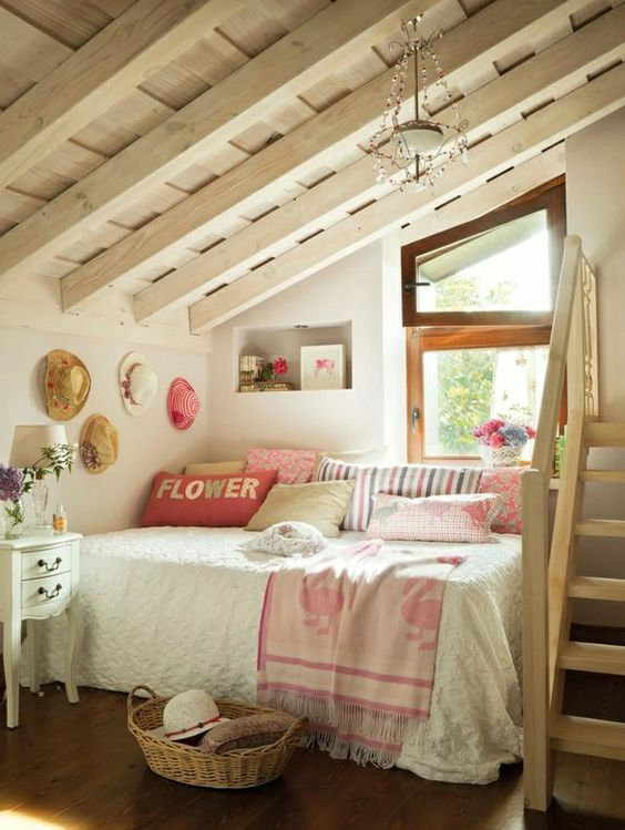 Chambre Fille Combles Pictures to pin on Pinterest