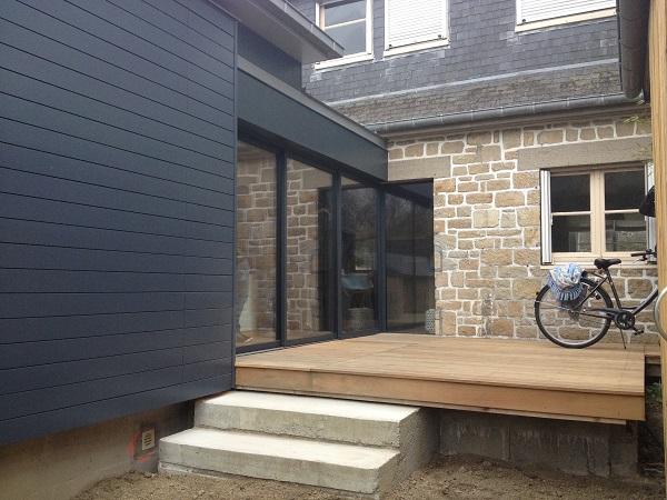 5 exemples de magnifiques extension bois bienchezmoi. Black Bedroom Furniture Sets. Home Design Ideas