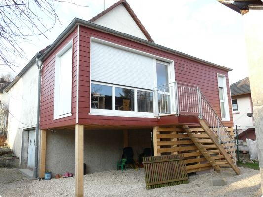 Extension bois sur pilotis 3 exemples stup fiants de for Extension maison bois etage