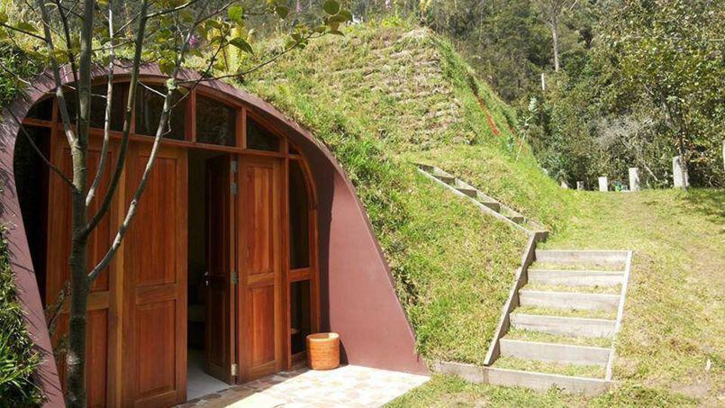 Maison semi-enterrée comme chez les Hobbits