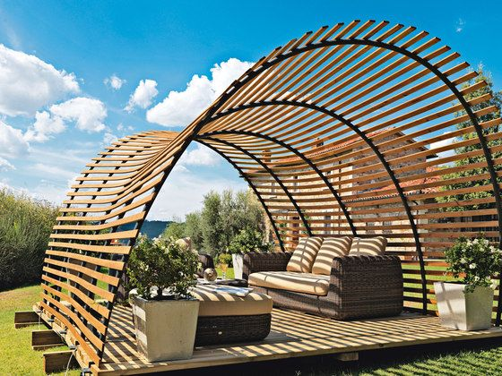 Pergola bois design wave