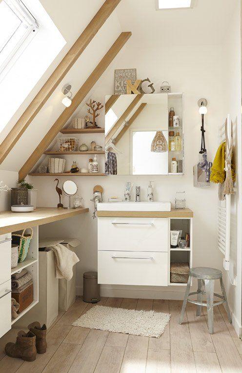 4 conseils pour une salle de bain sous les toits bienchezmoi - Leroy merlin salle de bain baignoire ...