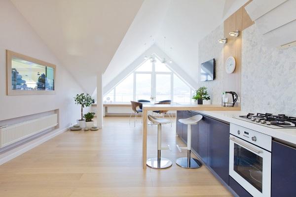 Appartement en dernier étage avec baie vitrée